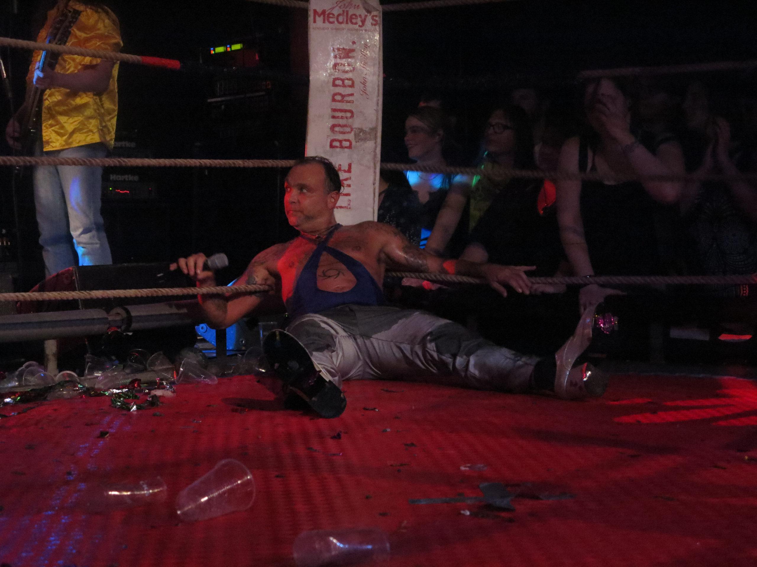 Weird Wrestling Circus